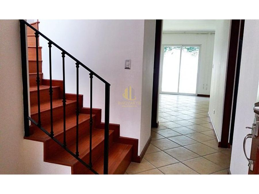 alquiler casa 3 cuartos en condominio guachipelin norte