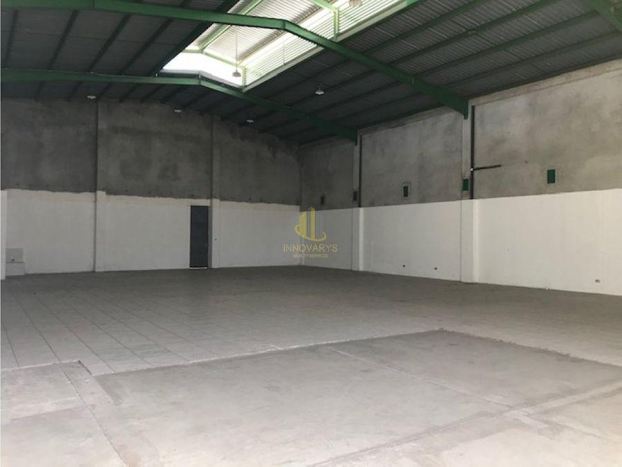 alquiler bodega de 340 m2 pozos santa ana