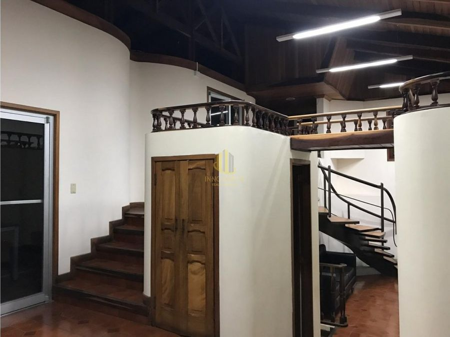 alquiler edificio 450 m2 bulevard de rohrmoser