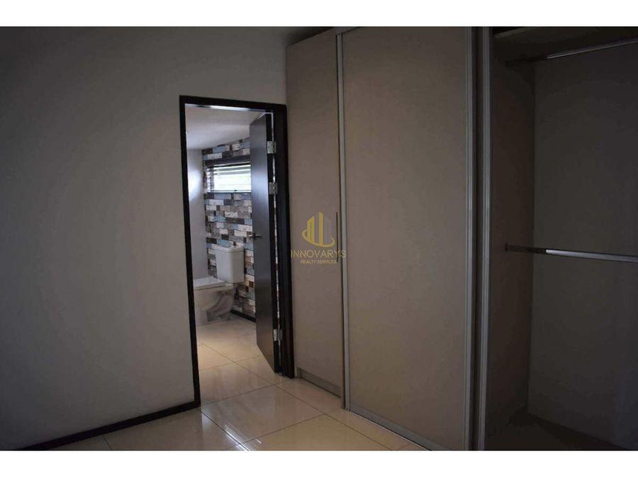 alquiler de apartamento de 3 cuartos servicio en piedades santa ana