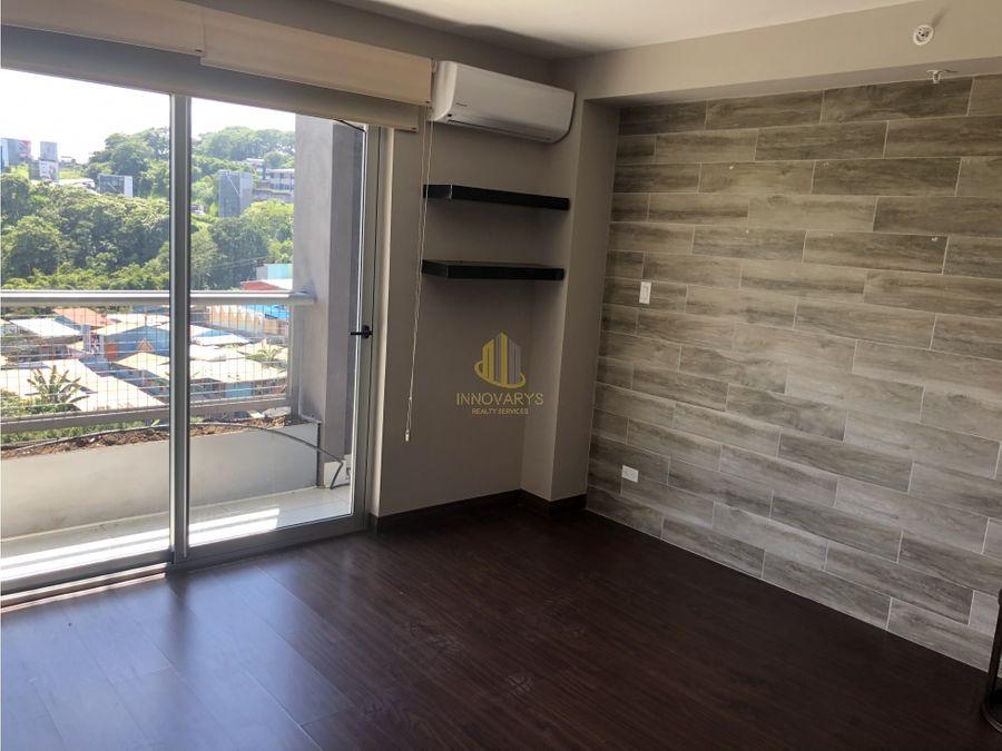 alquiler de apartamento de 2 cuartos en azenza towers uruca