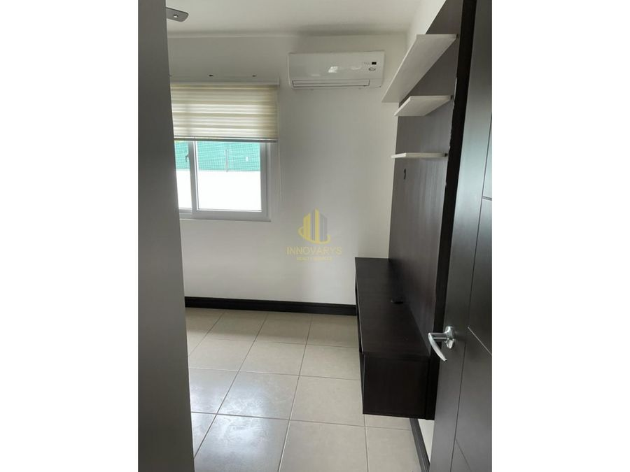 venta hermosa casa de 3 cuartos en venta en condominio rio palma