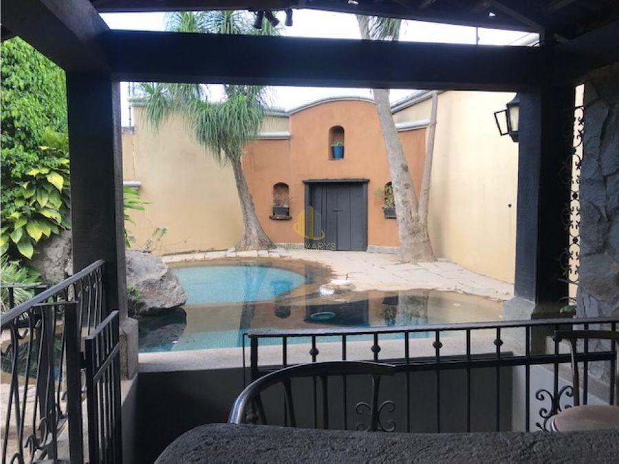 venta de casa en condominio guachipelin de escazu