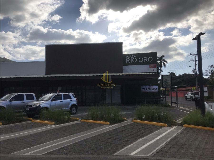 local 109 m2 ideal para restaurante rio oro santa ana