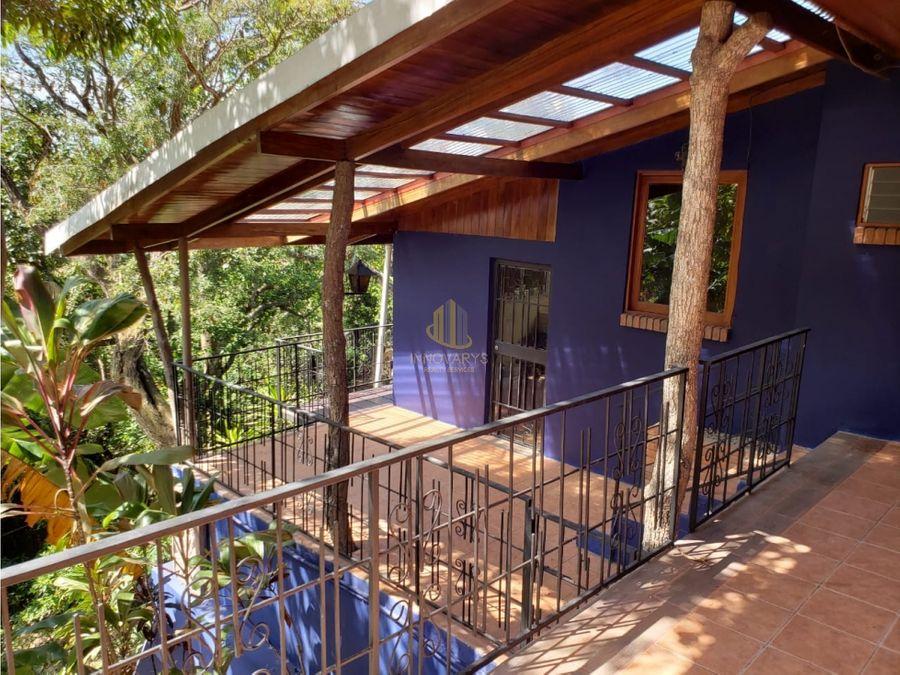 en venta casa remodelada el alto de las palomas