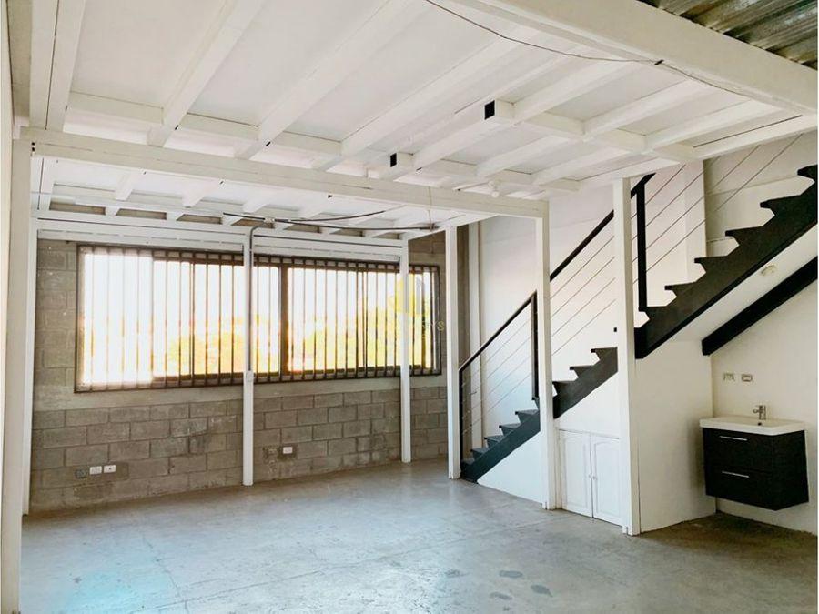 alquiler de ofibodega de 130 m2 en guachipelin