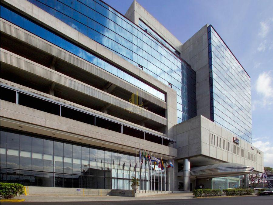 alquiler de oficina 198 m2 en torre mercedes
