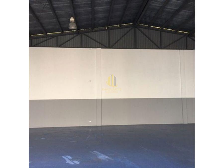 alquiler de bodega de 360 m2 en guachipelin de escazu