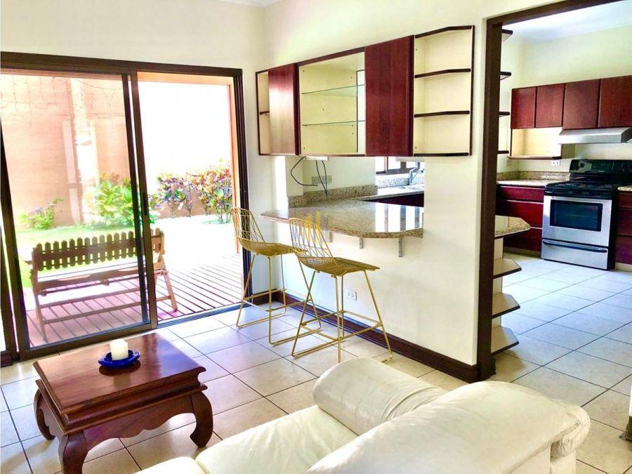 espaciosa casa amueblada en condominio de pocas unidades belen