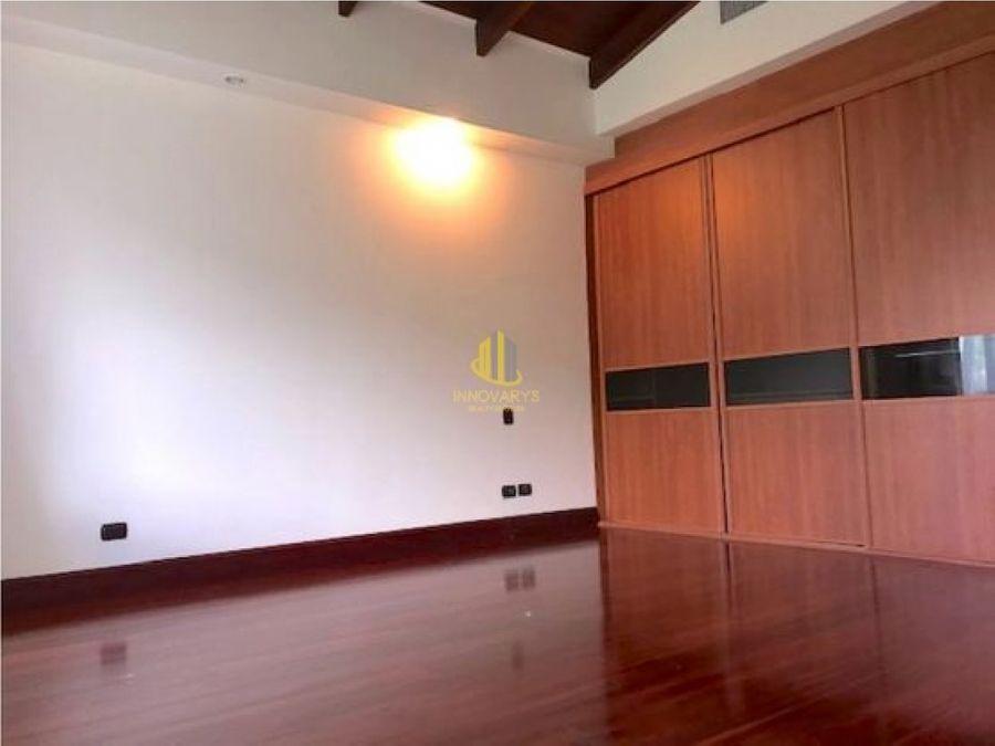 penthouse de 2 hab con vista espectacular jaboncillos de escazu