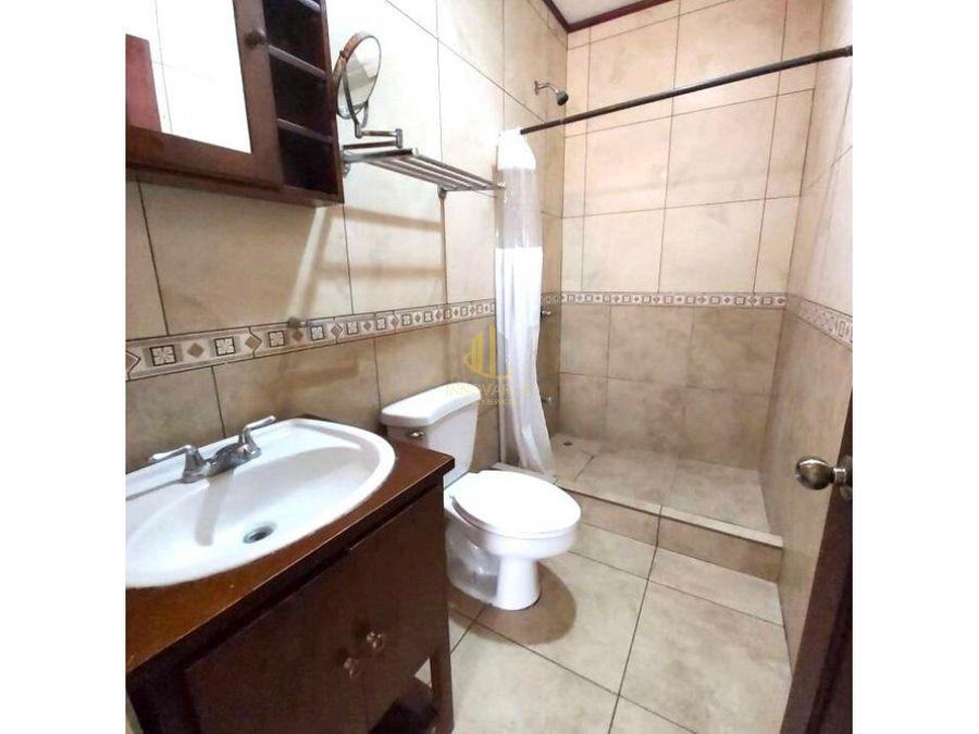 venta de apartamento de 2 cuartos en edificio sabana sur