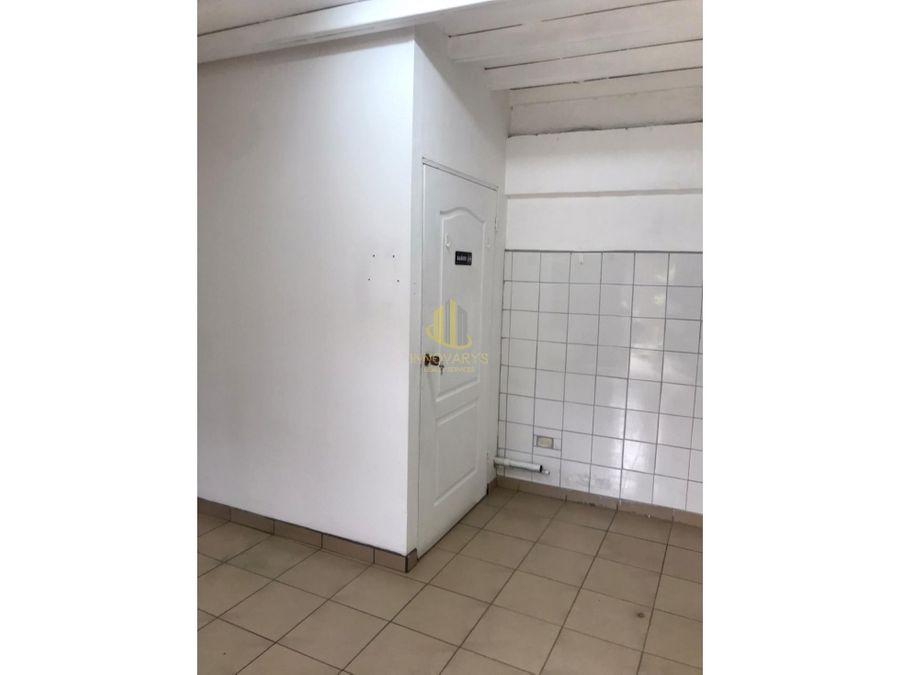 alquiler de local de 30 m2 en escazu centro