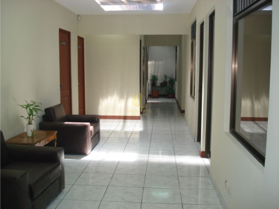 alquiler de oficina de 17 m2 en oficentro en paseo colon