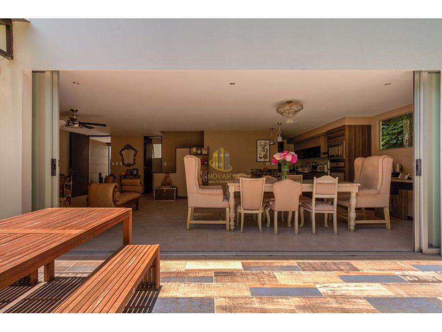 venta de casa de tres niveles en condominio paseo del sol pozos