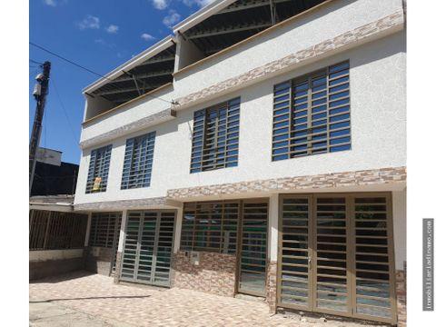 casa nueva en tradicional sector de la ciudad de ibague