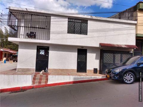 casa esquinera en venta sector gaviota ibague