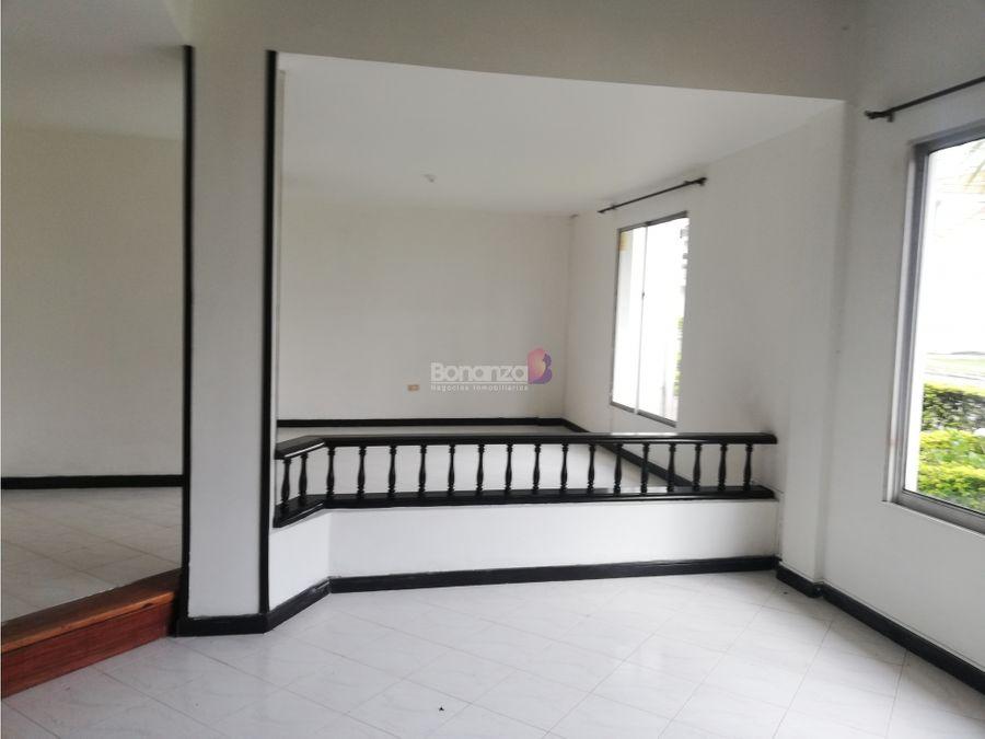 casa en venta en puerta del hierro popayan