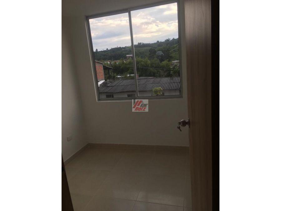 se vende apartamento nuevodeposito en villamaria