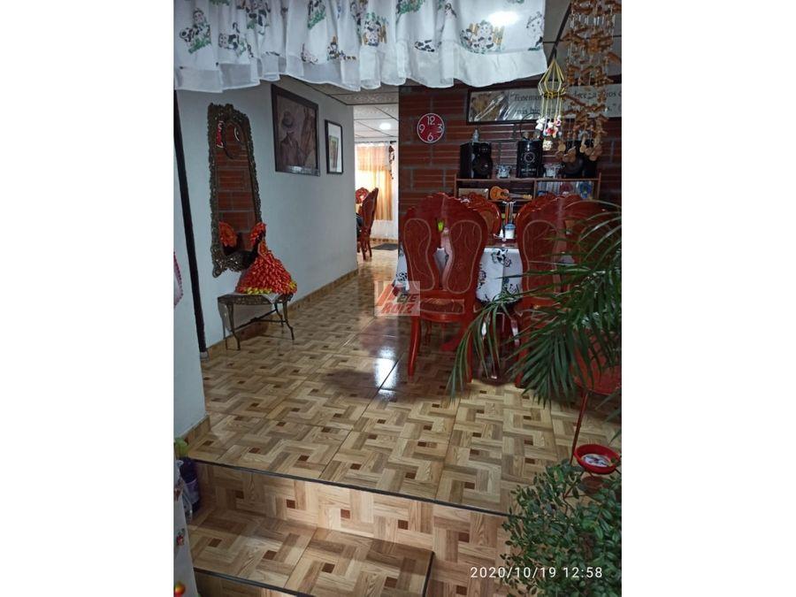 venta casa con renta sector pioxii