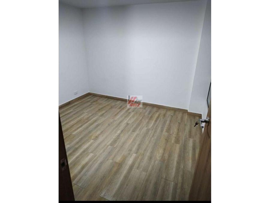 se arrienda apartamento sector bosques de niza 57 mtrs2