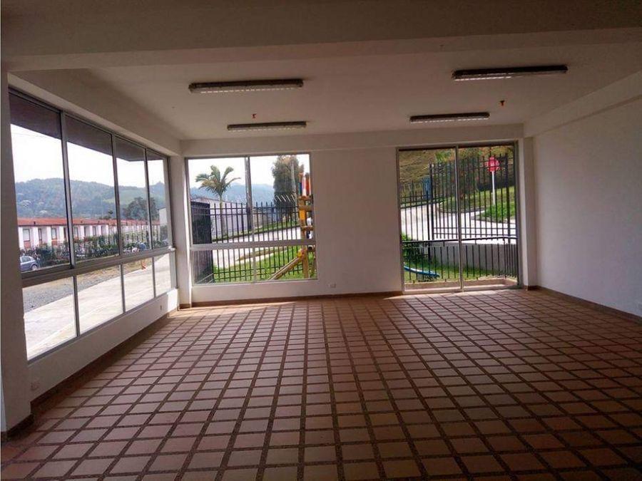 se arrienda apartamento sector niza la sultana 60 mtrs2