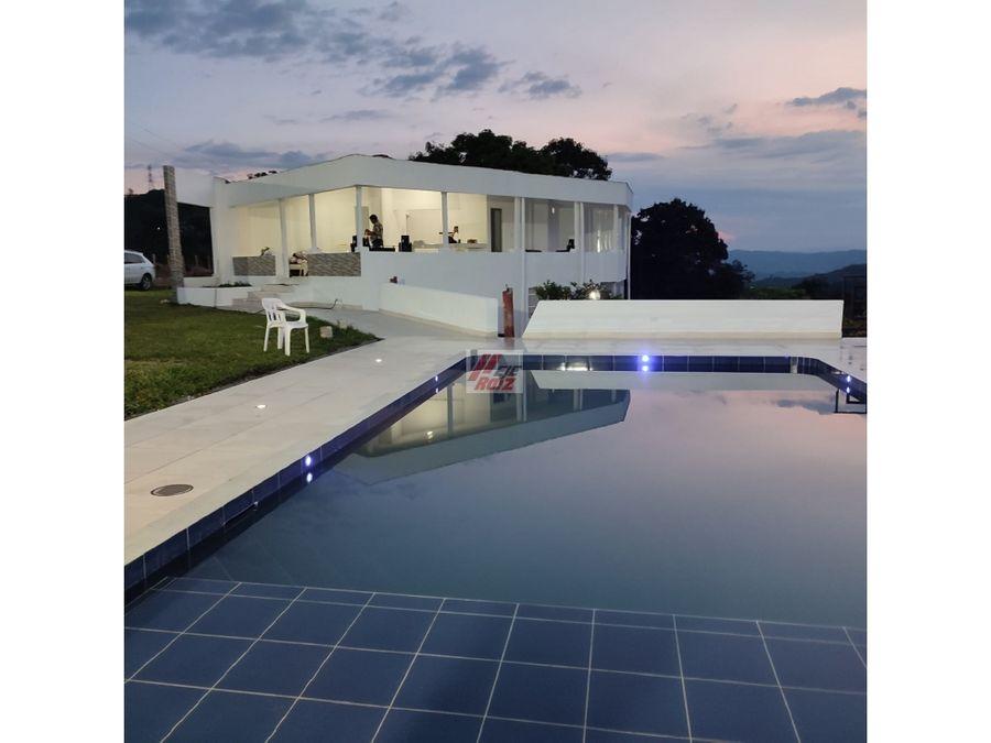 venta casa campestre con piscina palestina 2835 metros