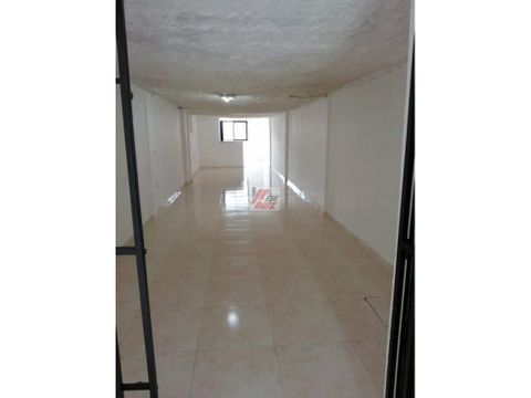 arrienda local sector villamaria area 80 mtrs2