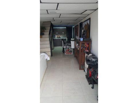 venta casa con renta sector chinchina area 60 mtr 2