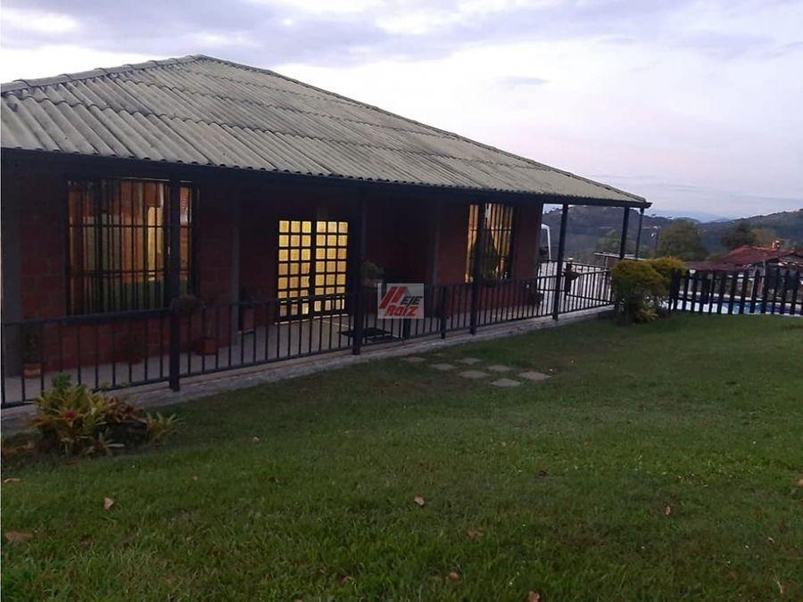 venta casa campestre sector llanitos villamaria area 2510 mtrs2
