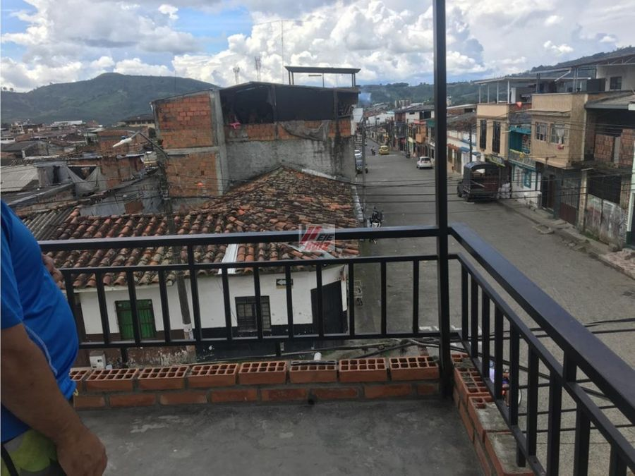 venta casa con renta sector chinchina