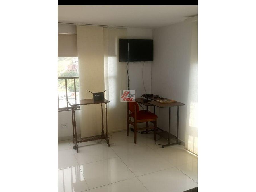 se vende apartaestudio con espacios divididos sector el cable