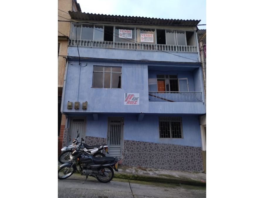 se vende casa ideal para invertir sector cervantes 270 mtrs2