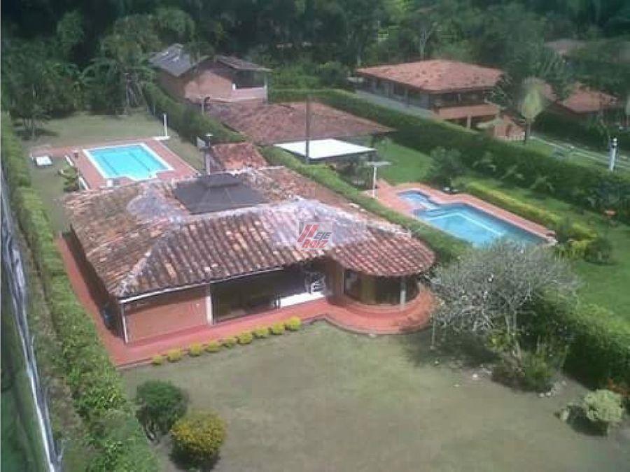 se vende casa campestre con piscina sector santagueda