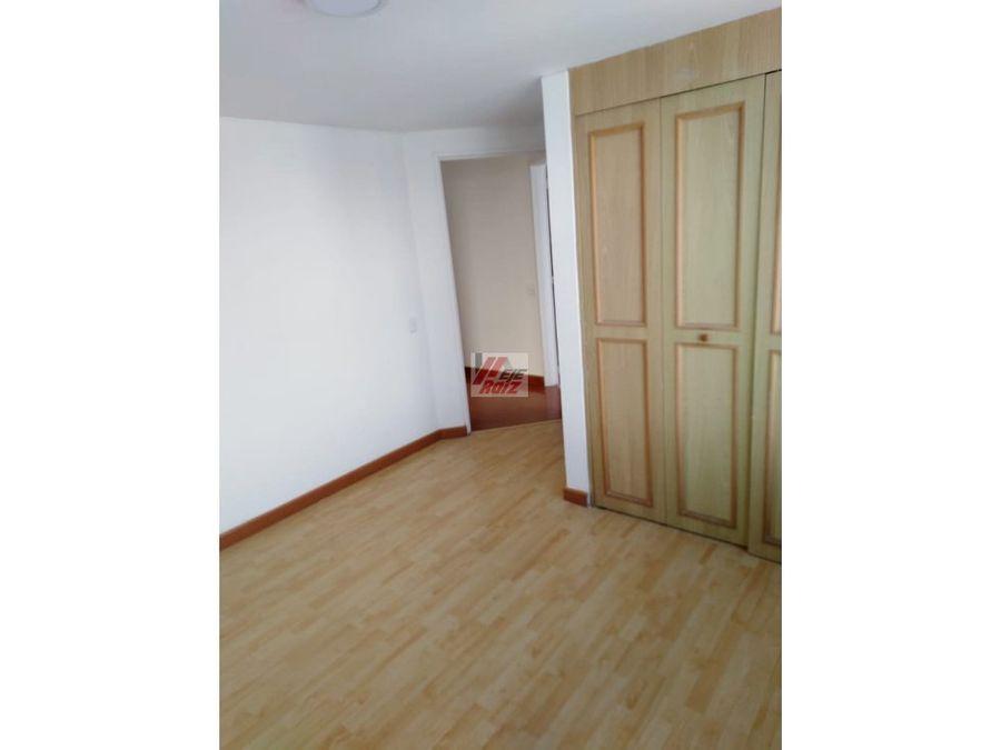 arrienda apartamento sector versalles