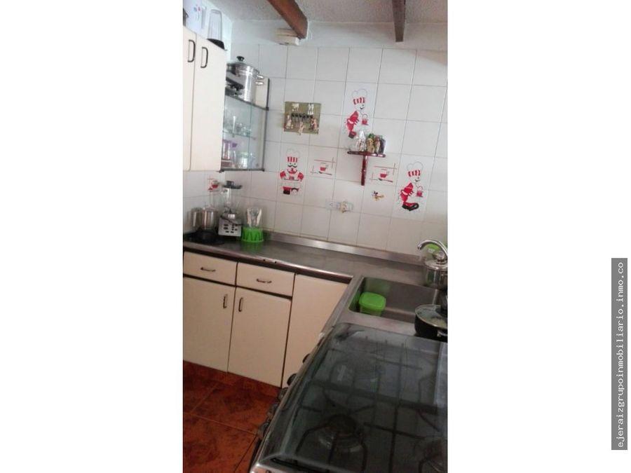 casa para la venta con renta sector villamaria