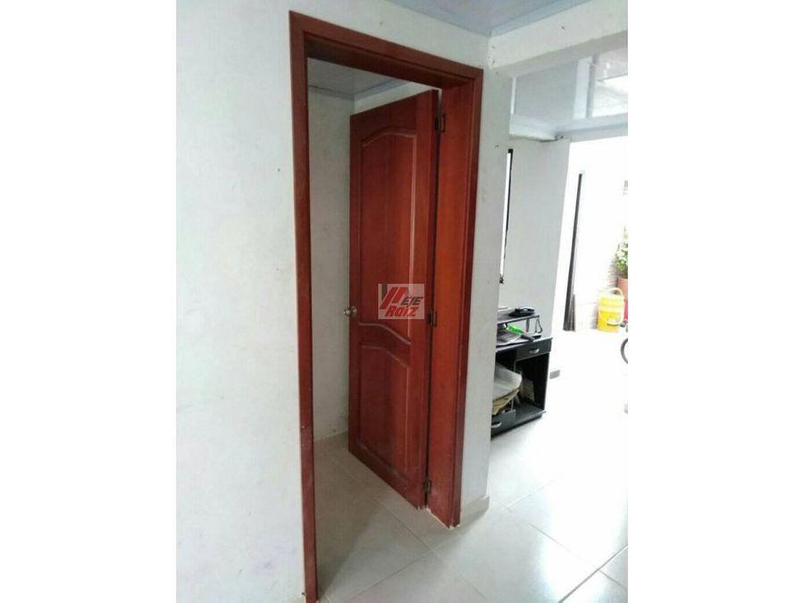 venta casa con 3 rentas sector villamaria