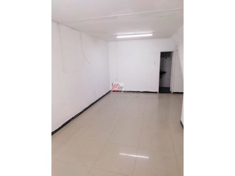 arriendo local sector linares 27 mtrs2