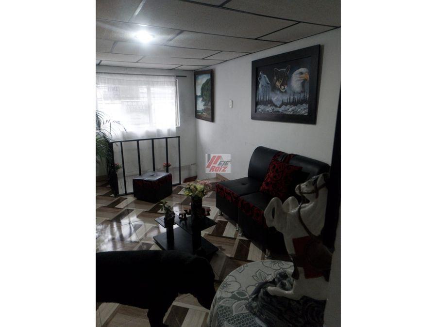 se vende casa con renta sector fatima 180 mtrs2
