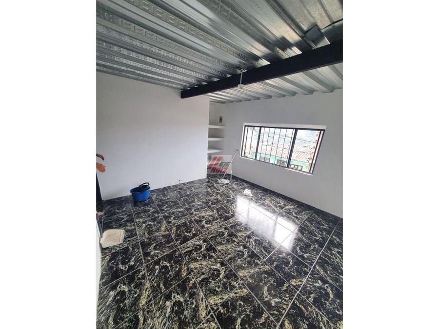 venta casa 3 rentas mas lote sector pio xii area 125 mtrs2