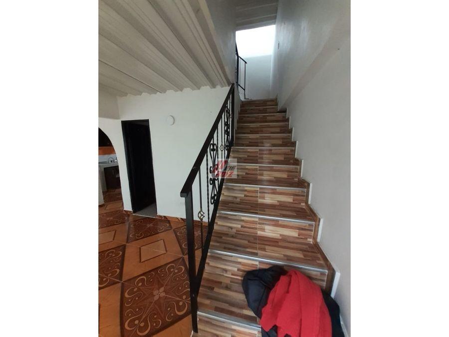 venta casa 3 niveles sector chinchina