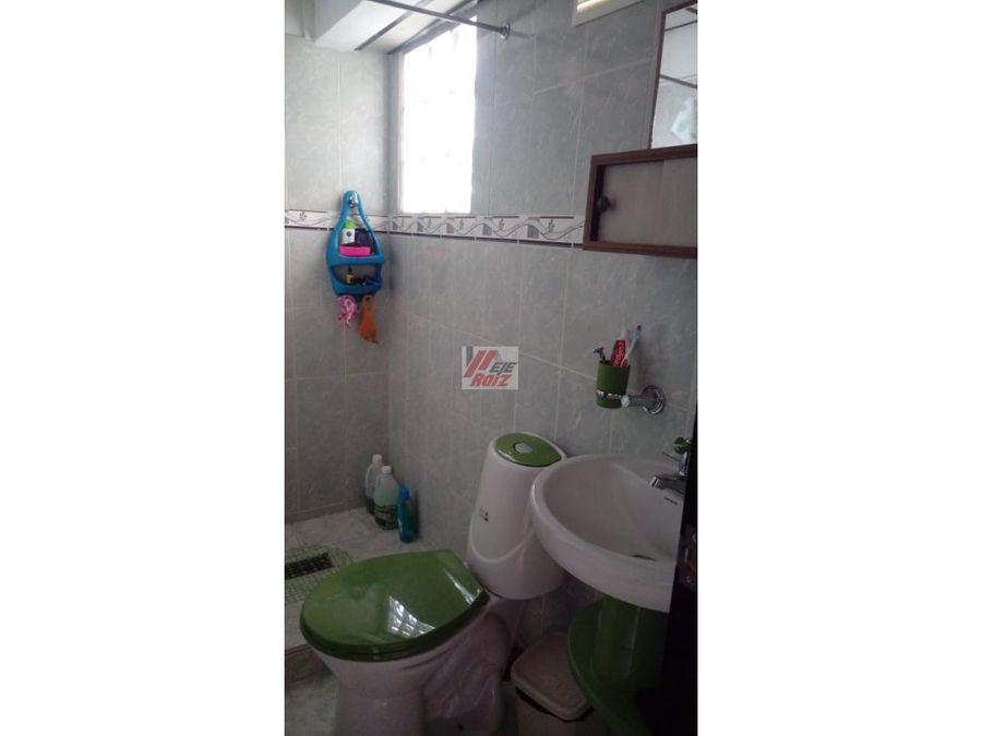 venta casa con renta sector centenario area 165 mtr2
