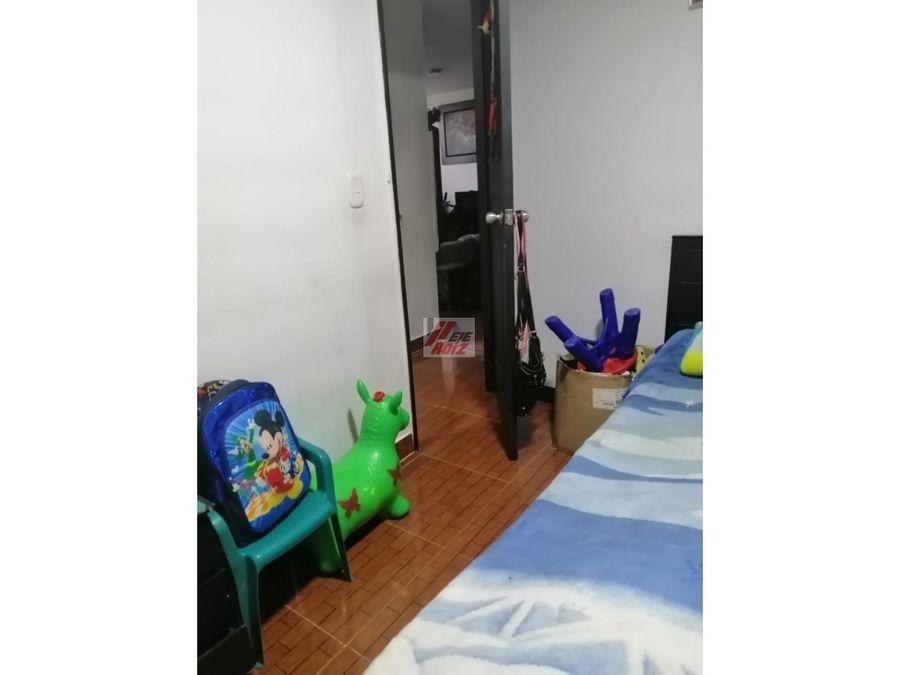 se vende apartamento en sector bengala 52 mtrs2