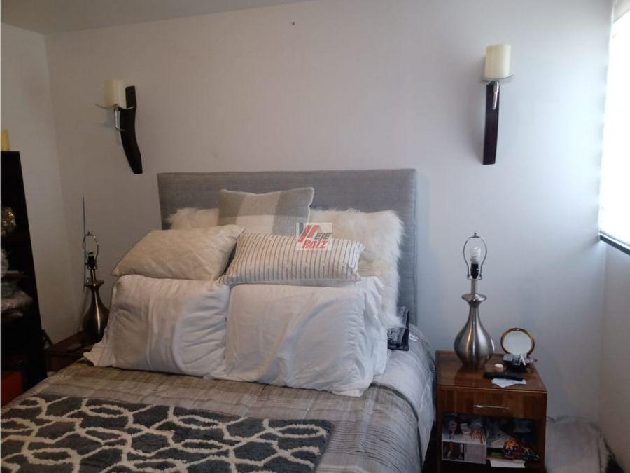 se vende apartaestudio con espacios divididos sector la linda 31mtrs2