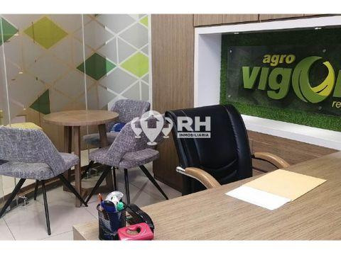 oficina amopblada en alquiler en centro comercial oroplaza jfv