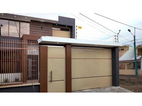 casa nueva en venta en las crucitas machala ac07
