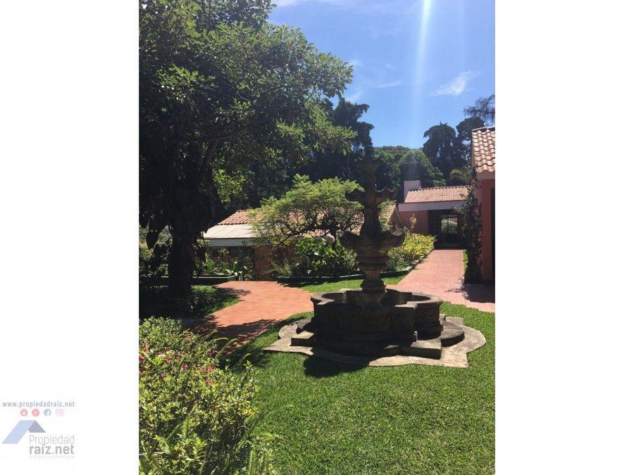 alquiler amplia casa en zona 16 la montana d