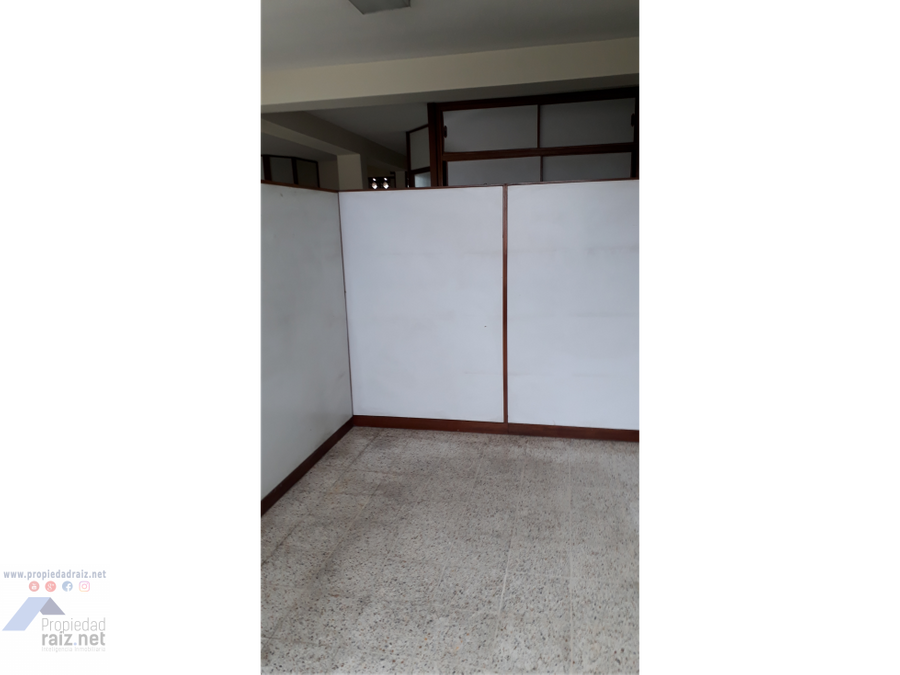 vendo local para oficina z9 montufar d