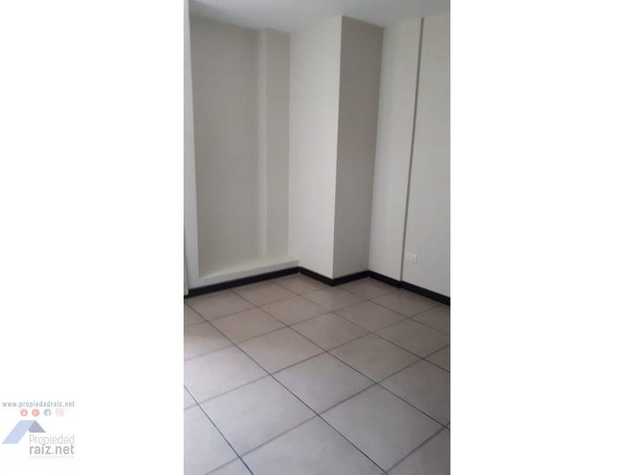 alquilo apartamento z9 torre barcelona d