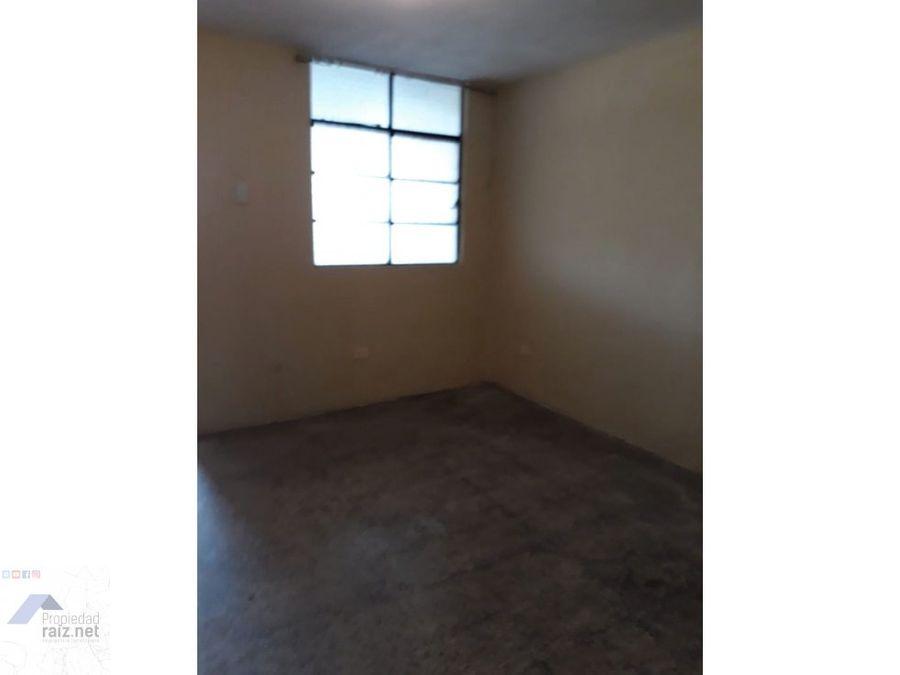 casa con apartamentos zona 5 fuera de garita d