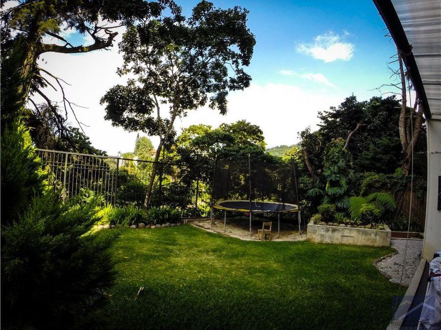 apto con jardin z15 vhii